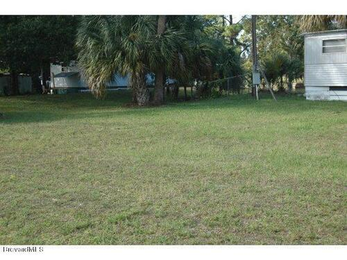 7624 Ellis Road  West Melbourne, FL 32904