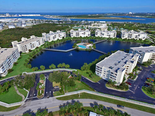 8911 Lake Drive Unit #505 Cape Canaveral, FL 32920