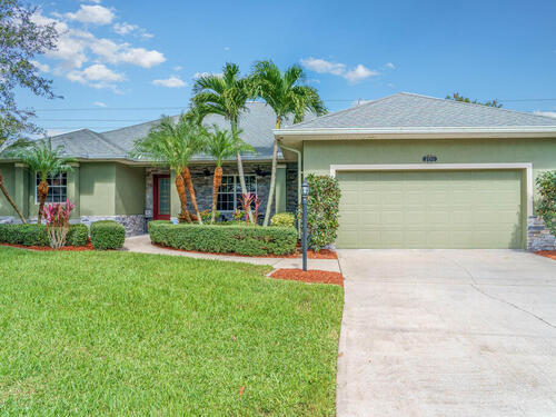 2193 Woodfield Circle  West Melbourne, FL 32904