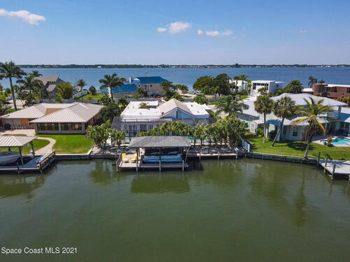 61 Country Club Road  Cocoa Beach, FL 32931