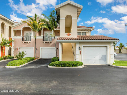 125 Lancha Circle Unit #104 Satellite Beach, FL 32937